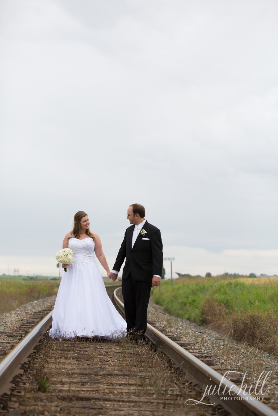 10-Crossfield-Alberta-Julie-Hill-Photography-Wedding-Brides-Train-Tracks-Rustic-photo02